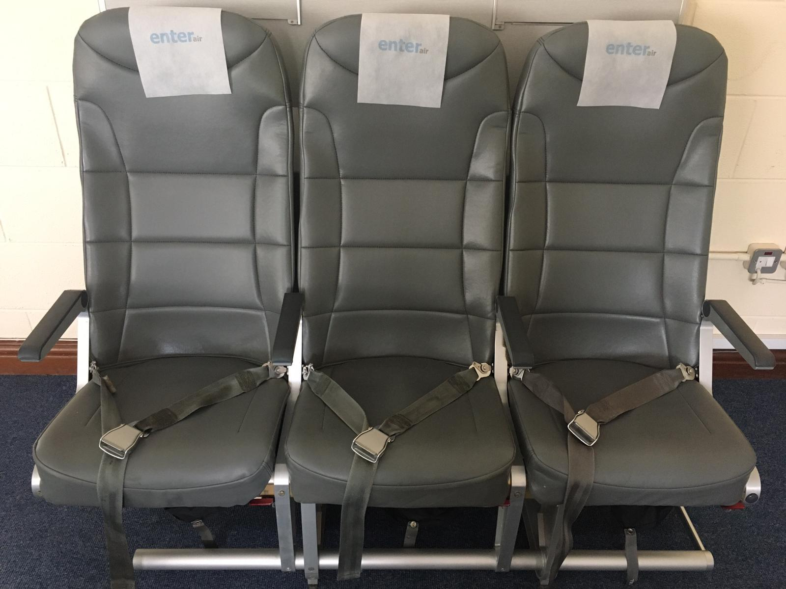 1_ACRO-SEAT-12